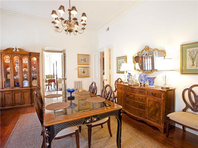 wilkes pied a terre mrs wilkes dining room